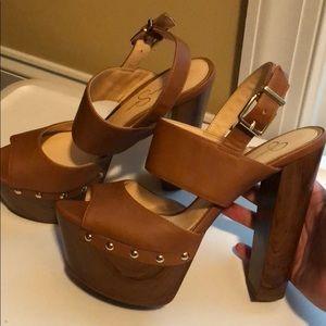 Retro look Platform sandal